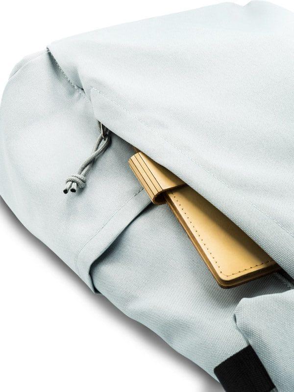 RANZN Rucksack Backpack Produktbild Detailansicht Trinkhalterung und Fach